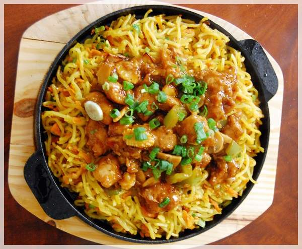 chicken noodle sizzler