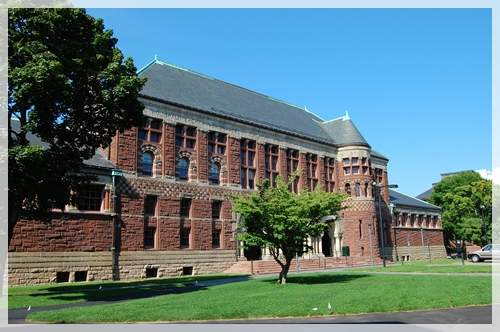 One of the building of Harvard's Law School